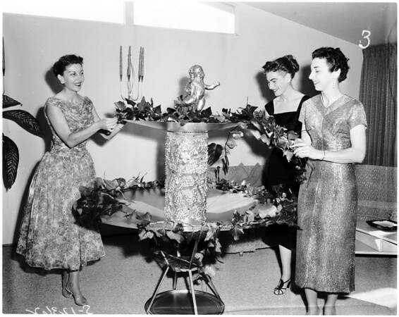 "San Pedro Junior Women's Club ""Garden of Jewels"" ball, 1958"