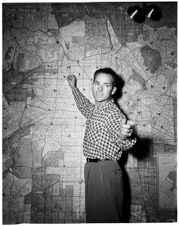Civilian defense at fire headquarters, 1952