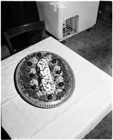 Food Feature -- Bantam Cock, 1958