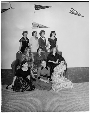 Valley College Homecoming Queen contest, 1952