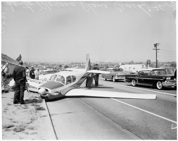 Car struck by plane (Santa Monica), Bundy Drive near National Boulevard, 1959