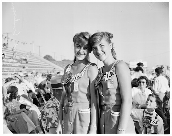 Twin Contest at Huntington Beach, 1952