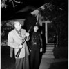 Man with gun holds off police (4553 Pickwick Street Los Angeles), 1952