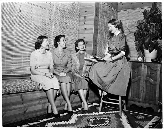 Pasadena Clinic Auxiliary Theatre Party, 1953
