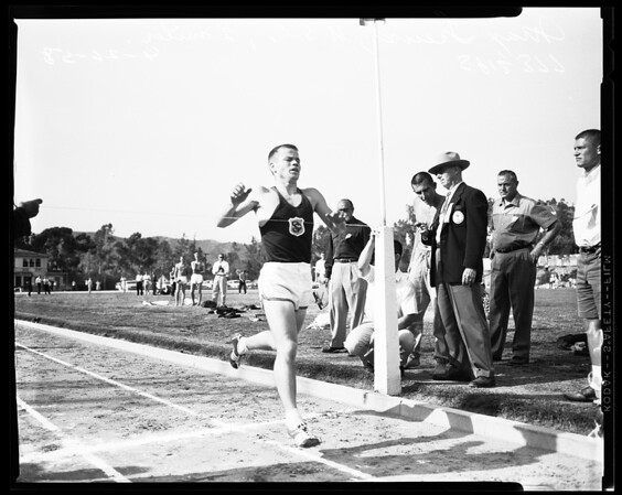 Track -- University of Southern California versus Oxy (Occidental College), 1958