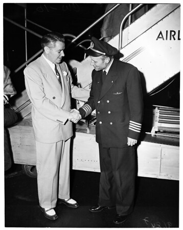 National Commander American Legion returns to Los Angeles, 1952