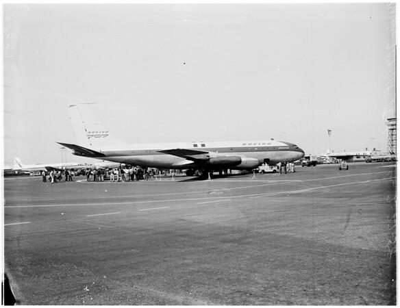 Boeing 707 Jet Stratoliner, 1958.