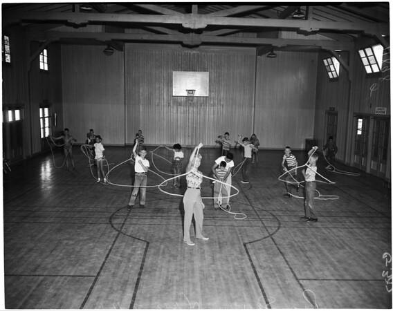 Rope spinning classes begin at Fernangeles Park in Sun Valley, 1956