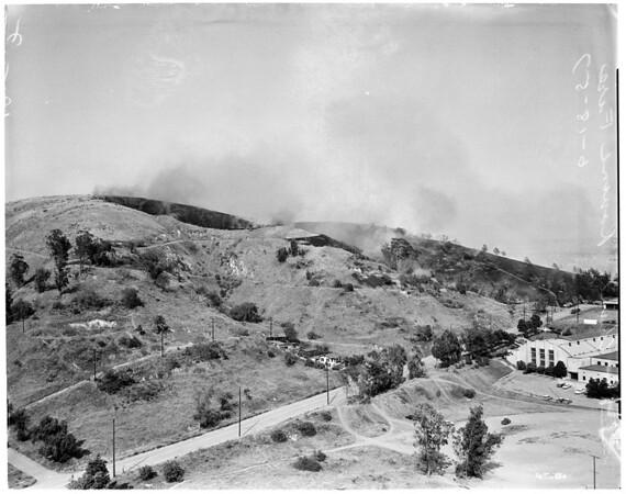 Chavez Ravine fire (brush), 1957