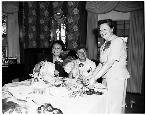 Hollywood Presbyterian Hospital Guild, 1953