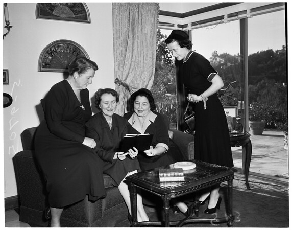 Social service auxiliary meeting, 1952