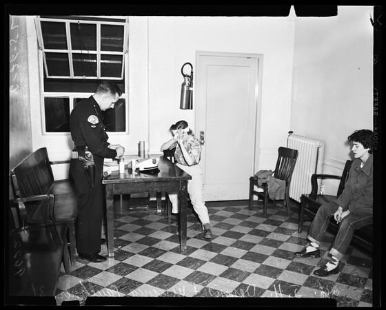 Felony drunk driving suspect interviewed, 1952