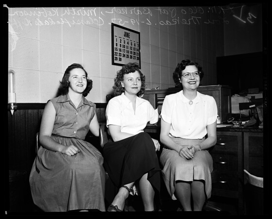 Examiner employees (classified), 1952