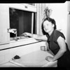 Woman who caught woman burglar, 1951