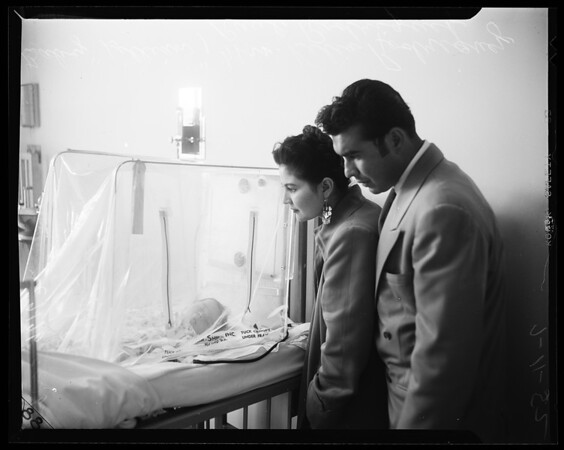 Rodriguez baby operation (Lillian Rodriguez), 1954