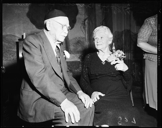 Jewish home party, 1952