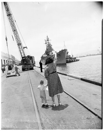 USS Saint Paul arrival in Long Beach, 1952