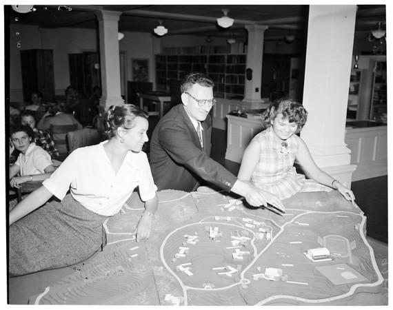 Chapman College, 1951