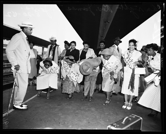 Arrival at Union Station, 1952