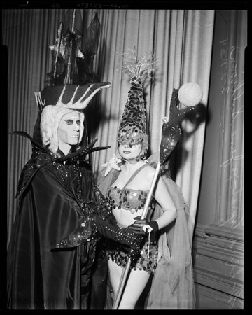 Hair dress costume ball at Biltmore, 1954