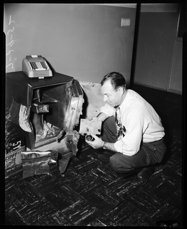 Safe cracked (Dept. of Motor Vehicles, Van Nuys Office, 6455 Coldwater Canyon Boulevard), 1952