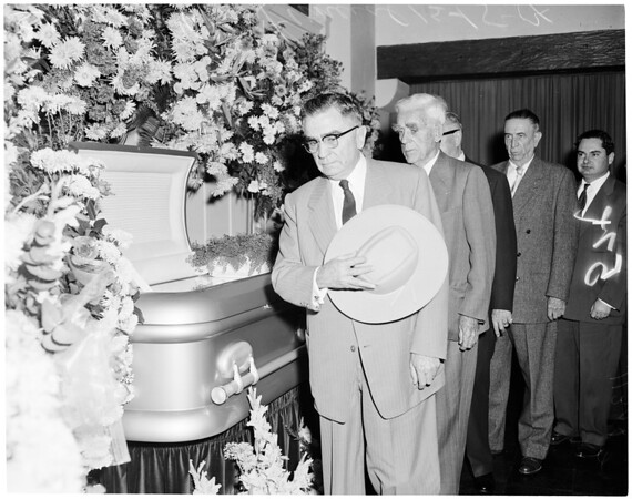 Funeral of former Sheriff John C. Cline at Pierce Brothers, 1954