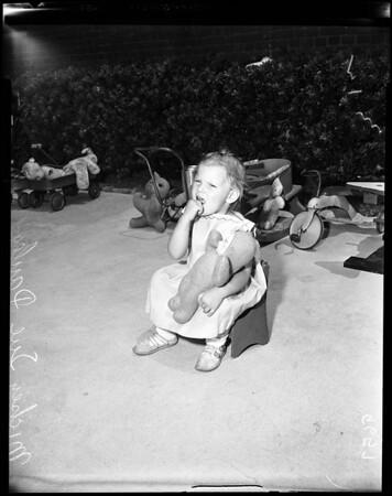 Abandoned children at Juvenile Hall, 1952
