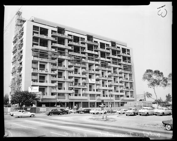 Building in Los Angeles, 1958