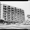 Building in Los Angeles, 1958
