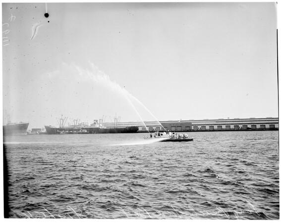 Fire Boat (Long Beach), 1954