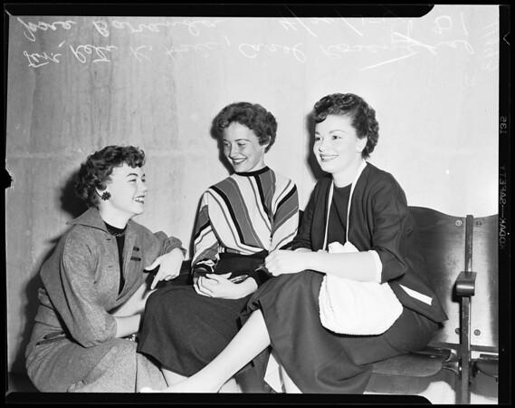 Payne petting bandit victims, 1954