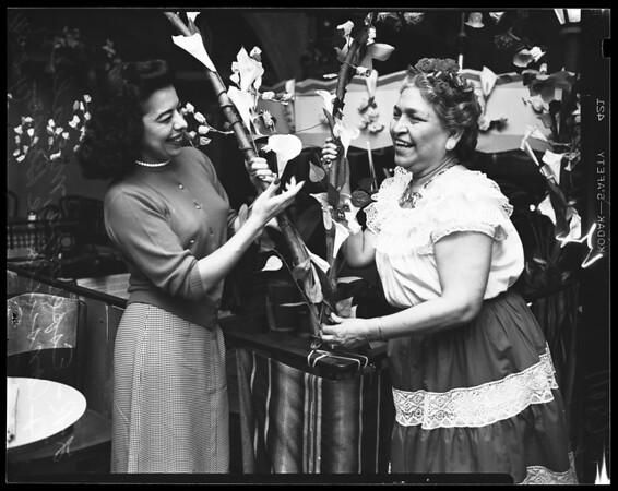 Consuelo de Bonzo, 1954