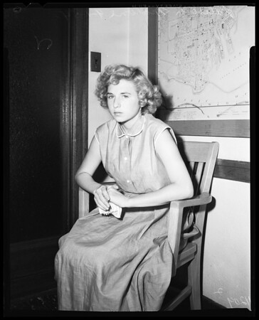 Girl in stolen yacht case, 1954