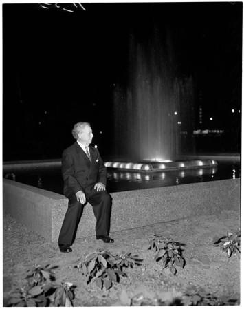 Dedication of Nelly Roth Memorial Fountains (Pershing Square), 1954