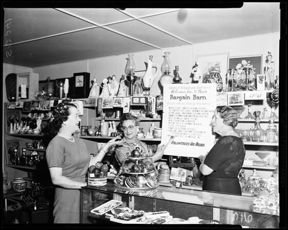 Fairfax volunteers, United Voluntary Services, 1957