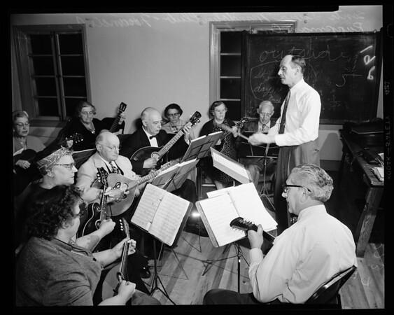 Mandolin club, 1954