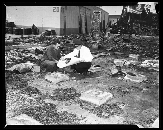 Arson investigation of Warner Brothers fire (Burbank studios), 1952