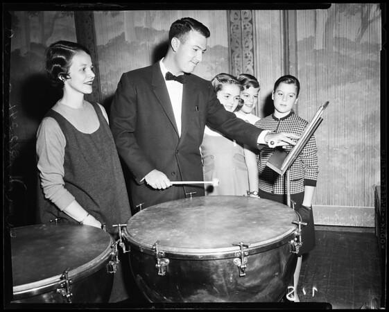 Pasadena Junior League, 1957