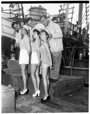 Lifeguard school for teenagers, 1951