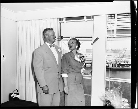 Lurline sailing, 1952
