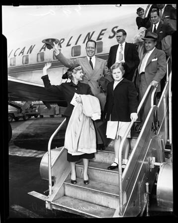 Kuchel and family, 1954