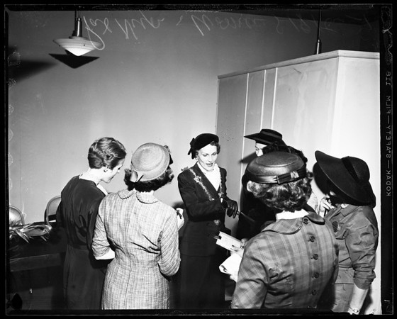Richard Nixon arrival, 1956
