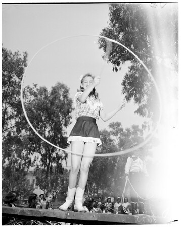 Rope spinning, 1952
