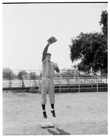 Monrovia High School basketball stars, 1952