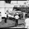 Narcotics death (at rear of service station, 3822 E. Olympic Boulevard), 1952