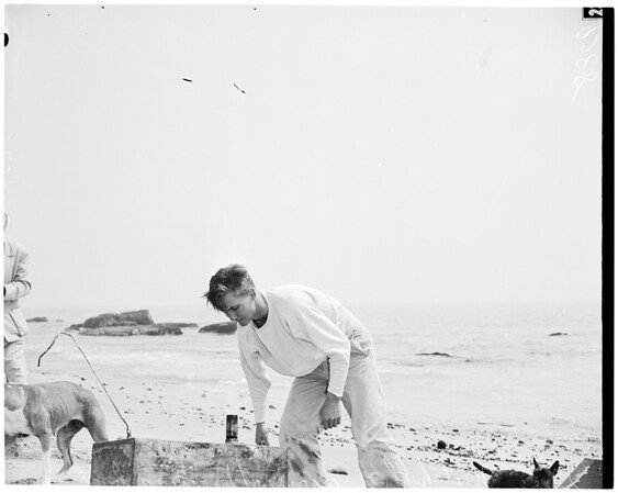 "Boat burns, ""White Star"", 1951"