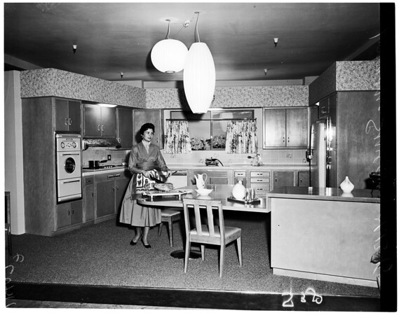 Barker Brothers Home Show, 1955