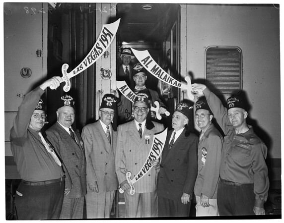 Shriners leave for Las Vegas ceremonial, 1951