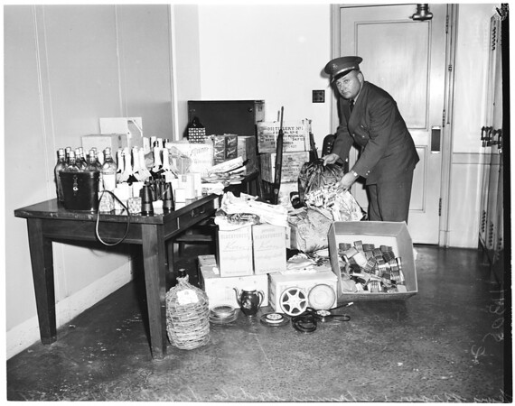 "Smuggled goods found on fishing boat ""Challenger"", 1954"