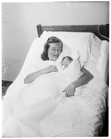 Polio mother (has baby), 1951